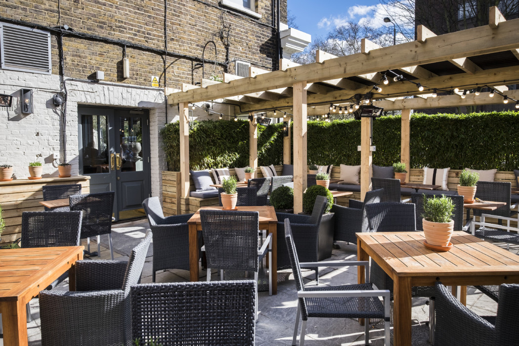 The Prince Albert – Outdoor